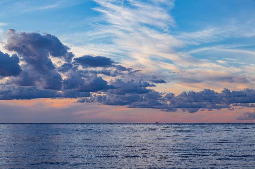 Mille Lacs Lake - is a large but shallow lake in the U.S