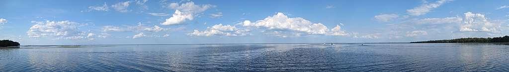 Lake George - largest reservoir in Florida
