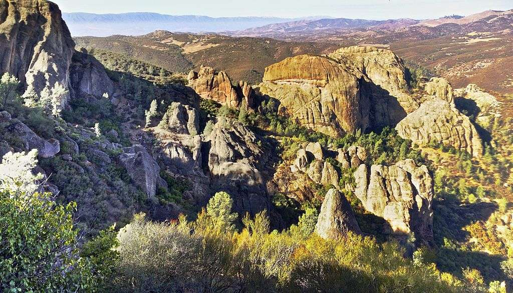 How to get to the Pinnacles National Park